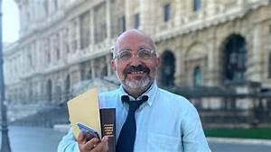 """Michele Marra: """"Il Napoli è stato vittima di Mazzoleni e della ribattezzata banda di Pechino in Supercoppa"""""""